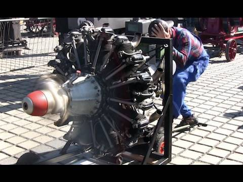 9 Cylinder Radial Engine Start And Run — Sternmotor läuft