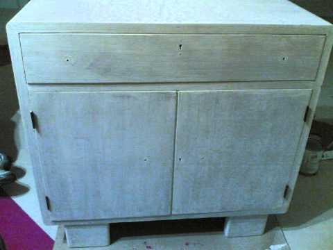 Mobili lavelli dipingere formica e legno impiallacciato for Dipingere mobili laminato