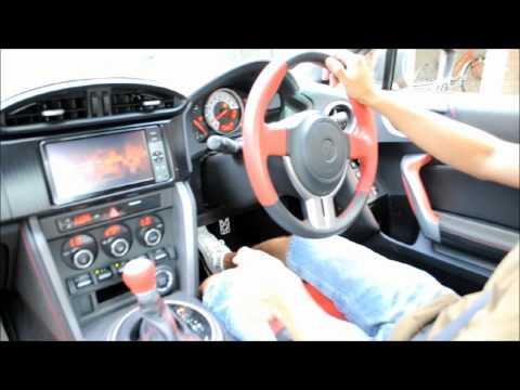 Toyota 86. O esportivo da Toyota com motor Subaru.   Direto do Japão.