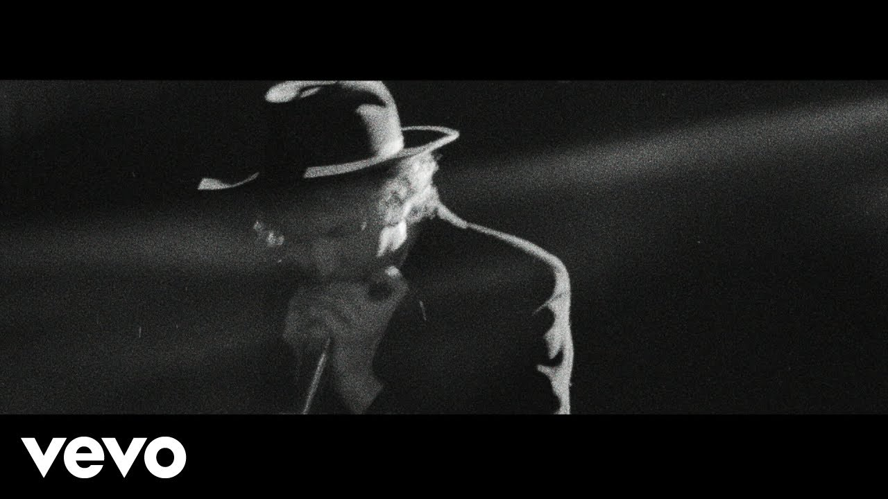 "Beck - ""Saw Lightning (Freestyle)""のMVを公開 新譜アルバム「Hyperspace」発売予定 thm Music info Clip"