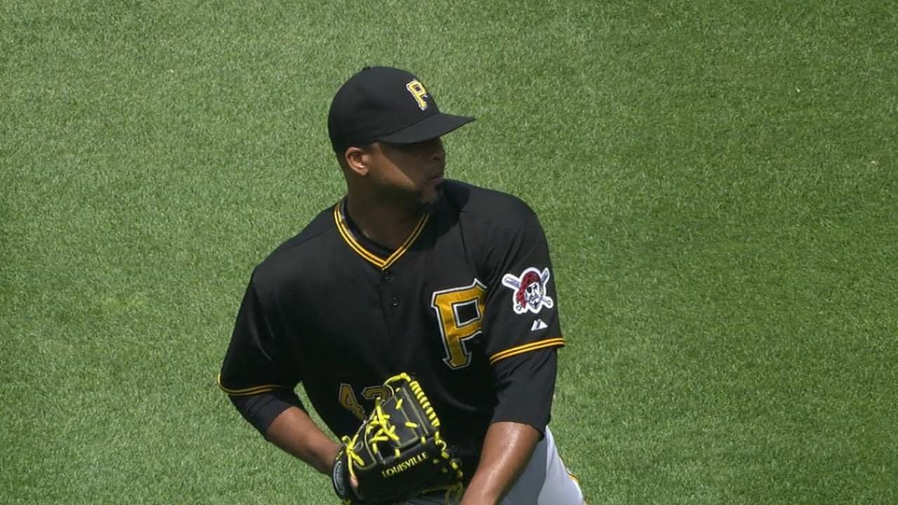 PIT@DET: Liriano fans five over seven scoreless