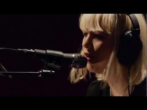 Dum Dum Girls - Lord Knows (Live on KEXP)