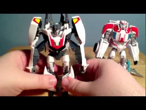 Transformers Prime: Robots in Disguise Deluxe Class Ratchet Figure Review