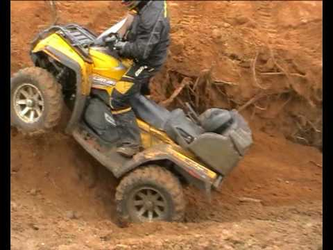 CAN-AM OUTLANDER MAX 800 XT IN SAND RENEGADE 800