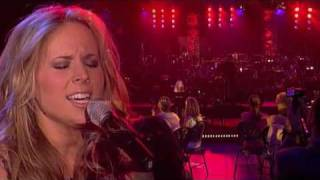 Watch Lucie Silvas Forget Me Not video