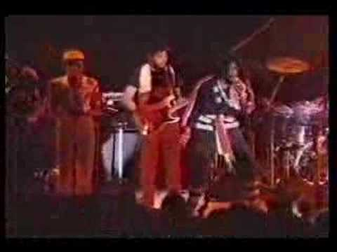 Peter Tosh - Pick myself up (live in reggae sunsplash´79)