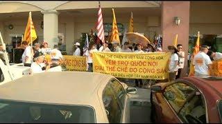 PHÓNG SỰ CỘNG ĐỒNG: Nam Cali tiếp tục biểu tình giữ lửa cho quê hương Việt Nam