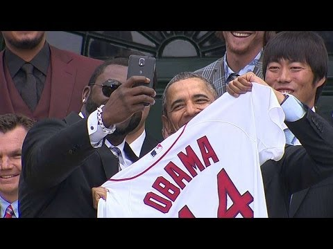 BOS@BAL: Ortiz takes selfie with President Obama