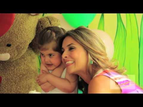 Revista VEA - Detrás de cámaras Edición 27 - Catalina Gómez y su hija Emilia