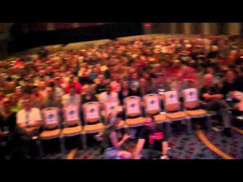 Dragon Con American Sci-fi Classics Track: Six Million Dollar Man Theme Song Live video