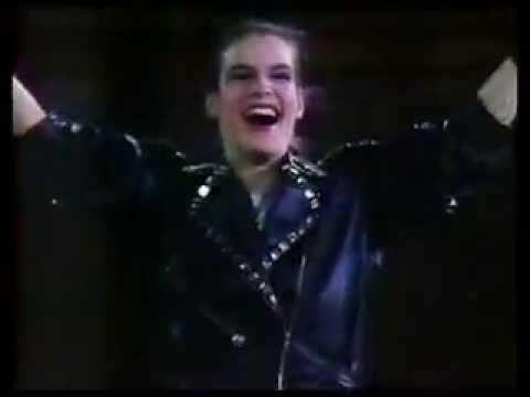 "Katarina Witt performing Michael Jackson ""BAD"" in 1988"