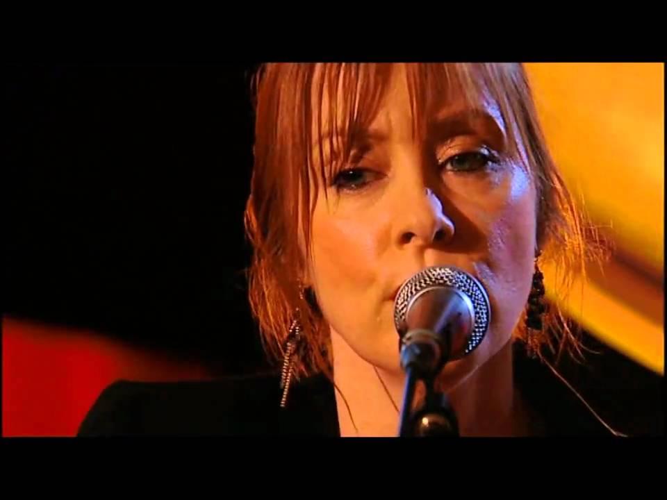 Listen Suzanne Vega Luka Mp3 download - Suzanne Vega ...