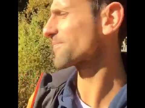 novak djokovic volvio al lugar donde empezo a jugar al tenis con un imperdible facebook live