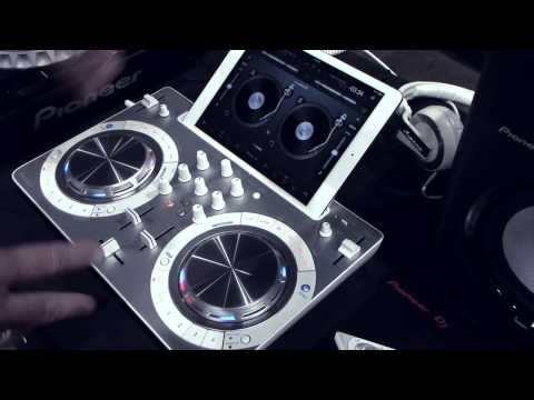 Pioneer DDJ Wego3 with Jay Brannan from the LVDJS2014 by Jeremy Landby of the Disc Jockey News