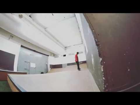 Is this a sigma flip or heel late shov from @jonny_chinaski_giger? 😸 | Shralpin Skateboarding
