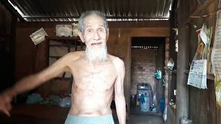 """Đáng """"đao"""" -- cận vệ Nguyễn Cao Kỳ/ Bệnh nằm viện vẫn còn có tiền tiêu"""