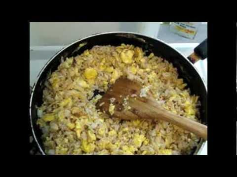 Receta de arroz frito con huevo desayuno chino