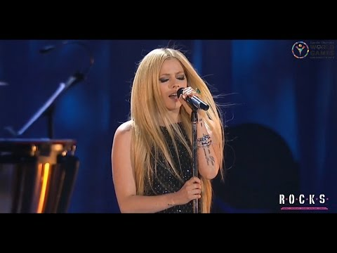 Avril Lavigne - Fly (live on Special Olympics 2015)