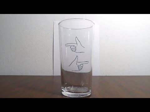 簡単に出来る水とコップを使った不思議なトリック