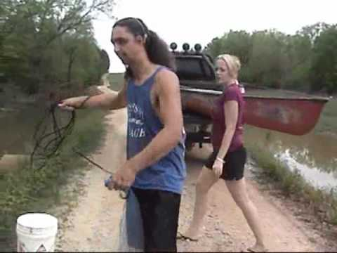 Catching Crawfish For Bait With A Castnet