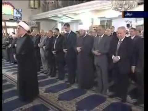 صلاة بشار الأسد و العلويين الشيعة مش هتبطل ضحك :) !!