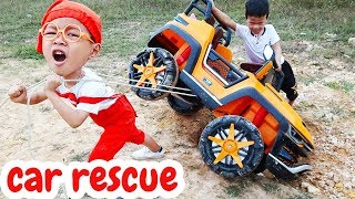 Power Wheels Ride on Car for Kids fall into hole Pretend Play with Dave Mario and brother