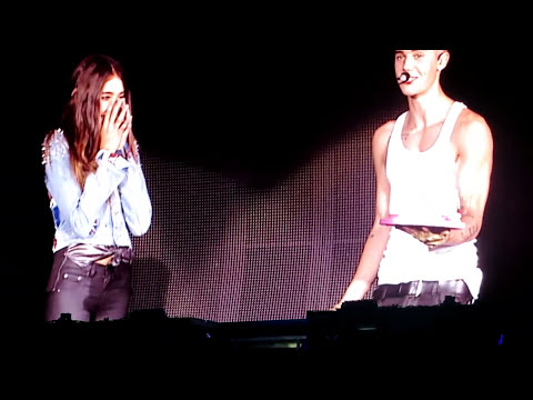 Justin and Audience singing Happy Birthday to Madison Beer at London o2 Arena 05.03.13