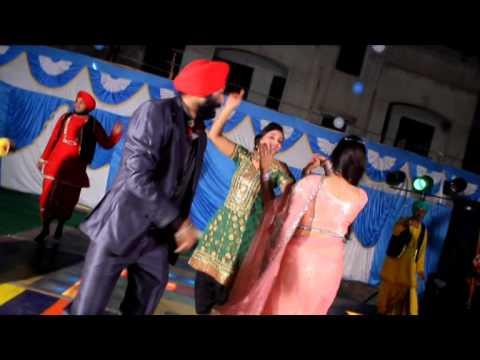 Ral Mil Bhangda  song  by  jasbir  komal  08305075141