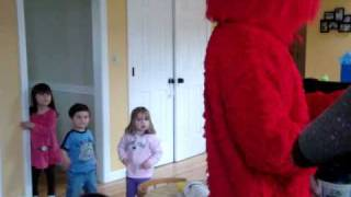 elmo comes to cody