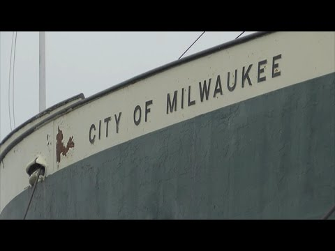 Tourist Tuesday - Climb aboard the S.S.City of Milwaukee