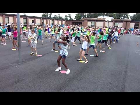 5th Grade Doing The Wobble Dance At Curtis Community Day video