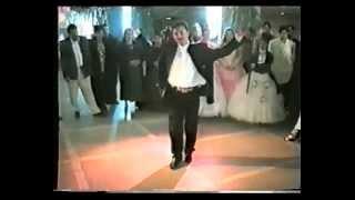 12gypsy_man_dance_Ukraina_01
