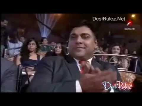 RAM KAPOOR receives the Award at ITA..