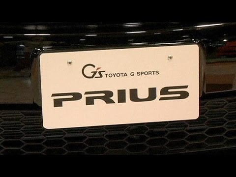 Hybrid software defect causes Toyota Prius recall - economy