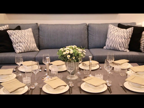 Decoración de mesas para una cena en casa