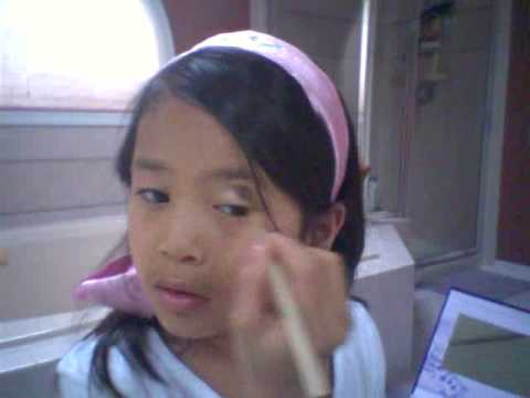 Rosalie's Make-up tutorial inspired by Hannah Montana