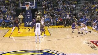 Steph Curry Gets Devin Booker Stumbling, Drops 29 Points! Warriors vs Suns Highlights!