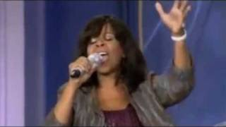 Vanessa Bell Armstrong: Prayer Still Works