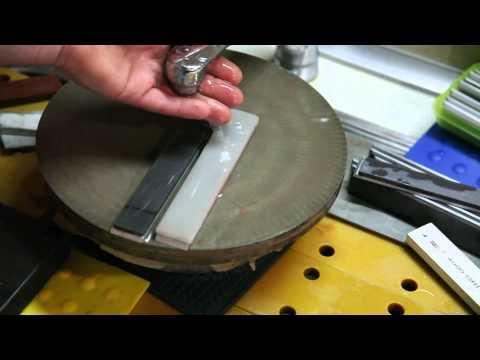 Предфинишный притир камней Аrcansas Translucent B&w, Bbw. На алмазной планшайбе F800-1000 video