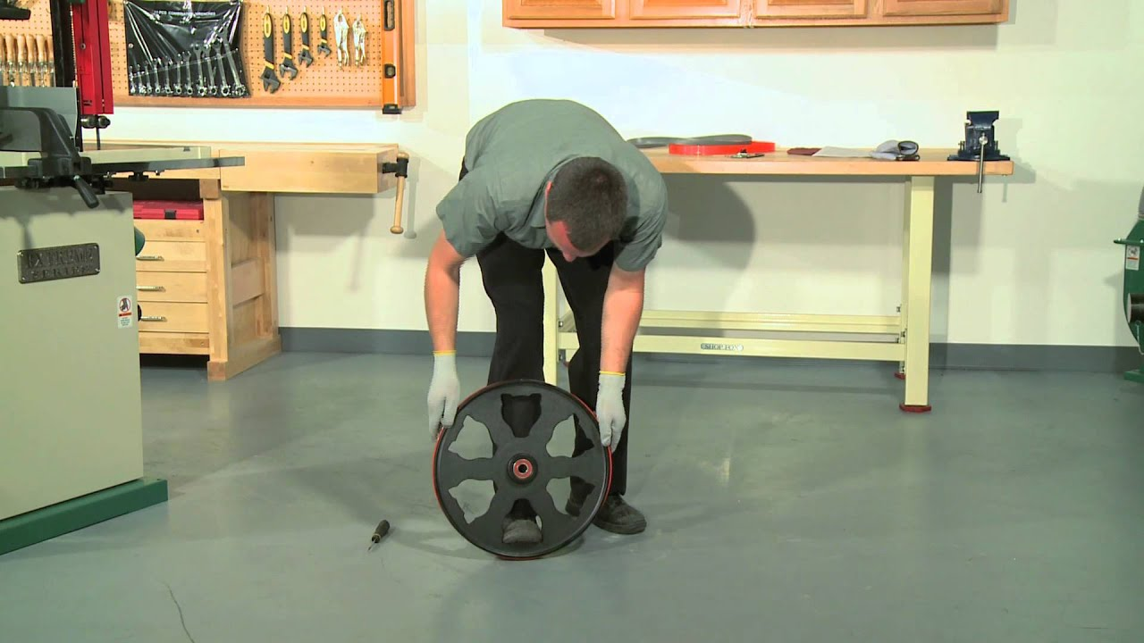youtube how to change a bandsaw blade