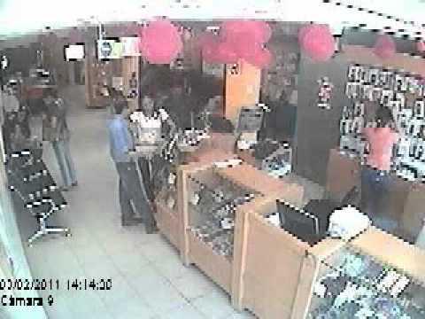 ROBO DE TELEFONOS EN CDC HOLLYWOOD, CABIMAS, ZULIA