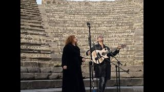 Live in Pompeii - Sarah Jane Morris & Antonio Forcione - THE SEA