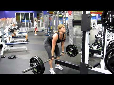 Scivation and PGN's Katie Lobliner Deadlifts 225 for 5 Reps!