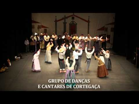 GRUPO DE DAN�AS E CANTARES DE CORTEGA�A