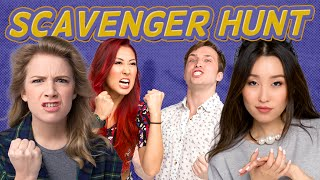 COMIC-CON COSPLAY SCAVENGER HUNT (Squad Vlogs)