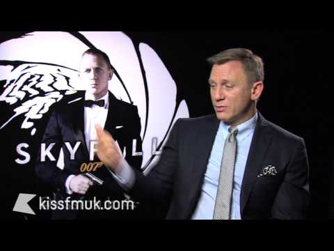 Skyfall James Bond: Daniel Craig & Naomie Harris interview