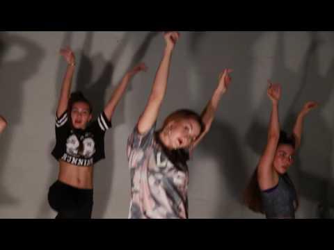Travis Garland - One Dance (Drake Cover) / choreo by InnaShow