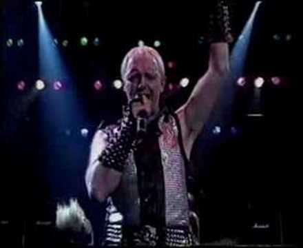Judas Priest - Breaking The Law Live