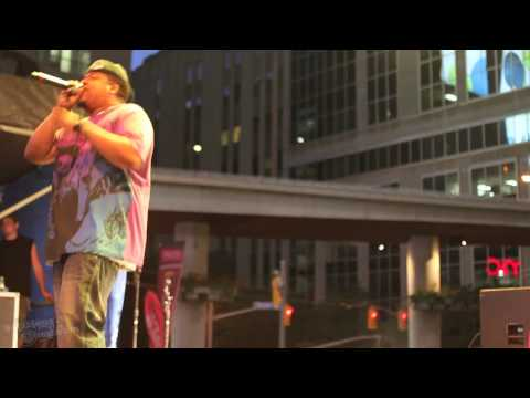 De La Soul - Gettin' Down At The Amphitheater (Live Yonge-Dundas Square June 20, NXNE 2010)
