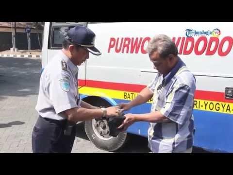 Uji Kelayakan Angkutan Lebaran 2015 di Terminal Giwangan